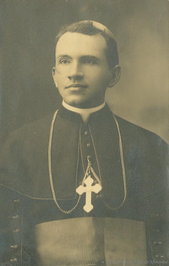 Niketas som ung biskop i Canada