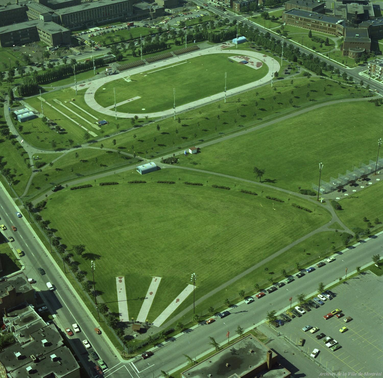 Parc Étienne-Desmarteau, 1976, VM94-B209-028