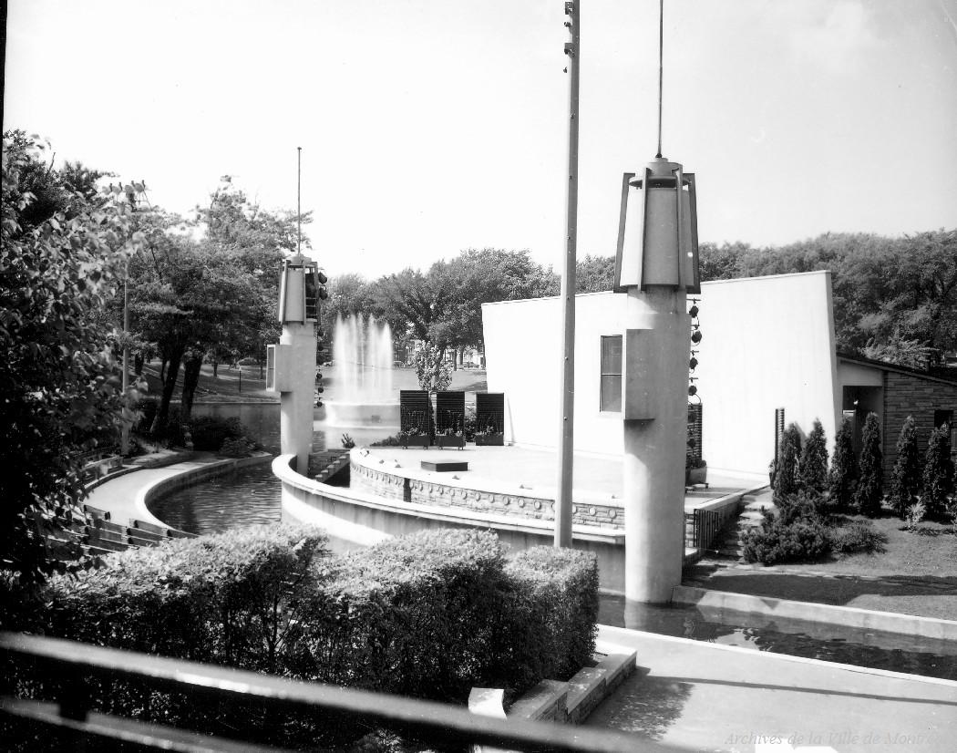 Théâtre du Parc Lafontaine (sic) / Jean-Paul Gill. – 12 juillet 1960 CA M001 VM094-Y-1-01-D0056