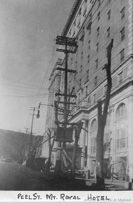 Peel Street : Mt. Royal Hotel . - [192-]
