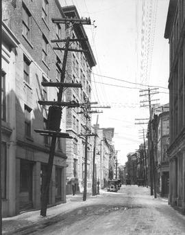 St. Paul St. looking East at St. Gabriel : Before / J. Hayward . - 1925