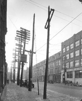Craig St., looking West from Victoria Square : Before / S.J. Hayward . - 28 janvier 1927