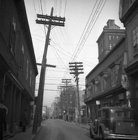 Dorchester Street : Looking East from St. Lawrence Boulevard . - 1937