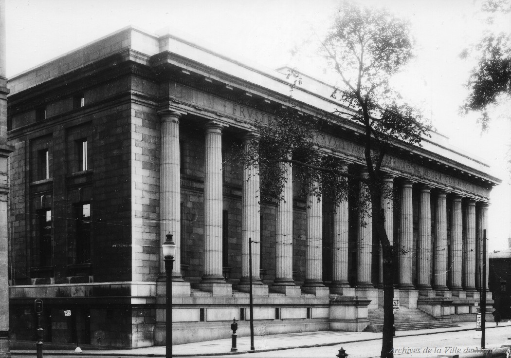 Palais de justice. - [193-], CA M001 VM094-Y-1-17-D0043
