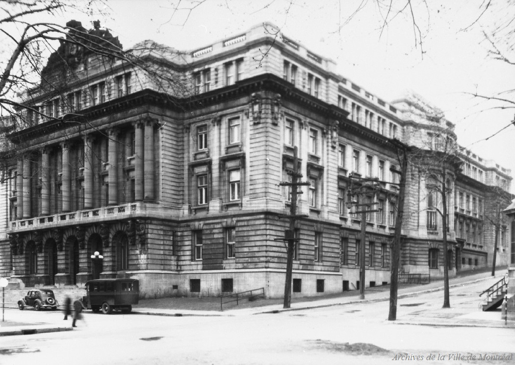 Ecole des Hautes Études Commerciales . - 8 avril 1936 CA M001 VM094-Y-1-17-D0119