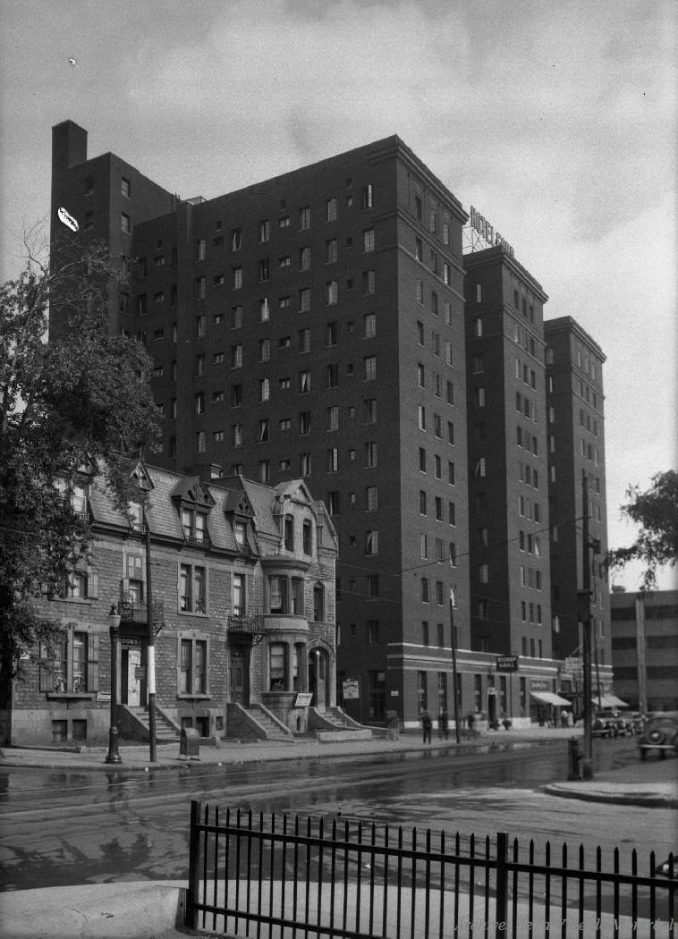 Hôtel Ford rue Dorchester . - 10 août 1936 CA M001 VM094-Y-1-17-D0170
