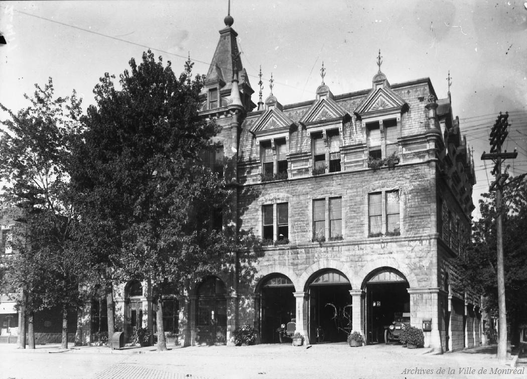 Caserne de pompiers no 16: 1041 rue du Parc Lafontaine . - [192-] CA M001 VM094-Y-1-17-D0414