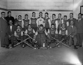 Club de hockey : Les Aigles. - Avril 1954