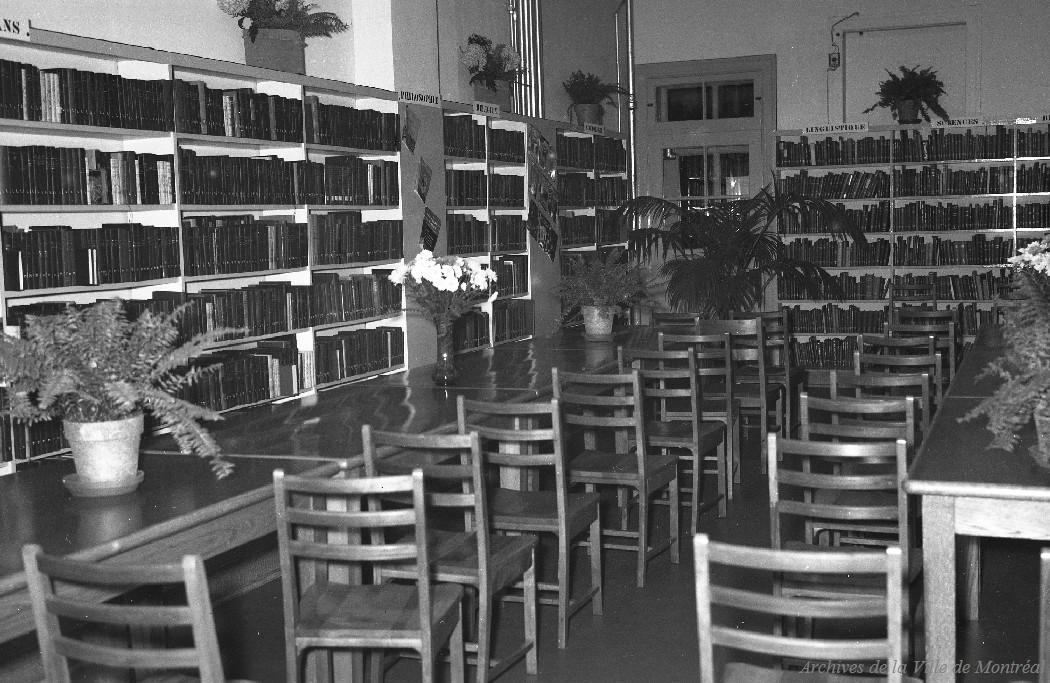 Ouverture de la succursale Sainte-Cunégonde, 20 novembre 1947, VM094-Z390-02